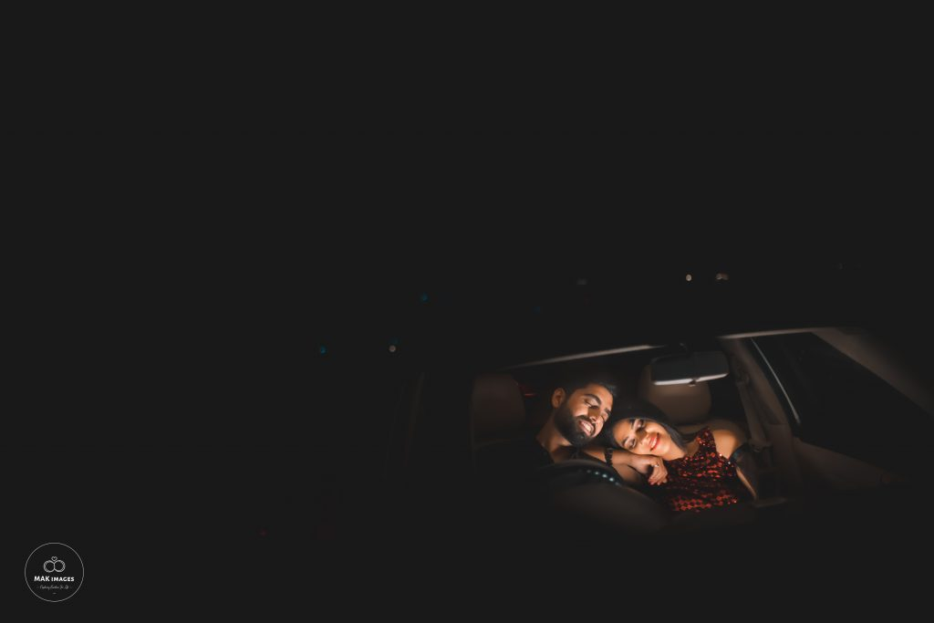 Pooja & Mohit Cute Pre Wedding Pose in a Car