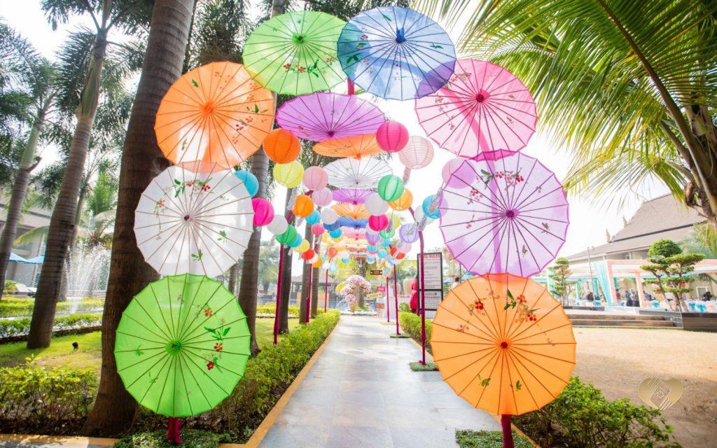 Colorful Umbrella Entrance Decor ideas for open lawns