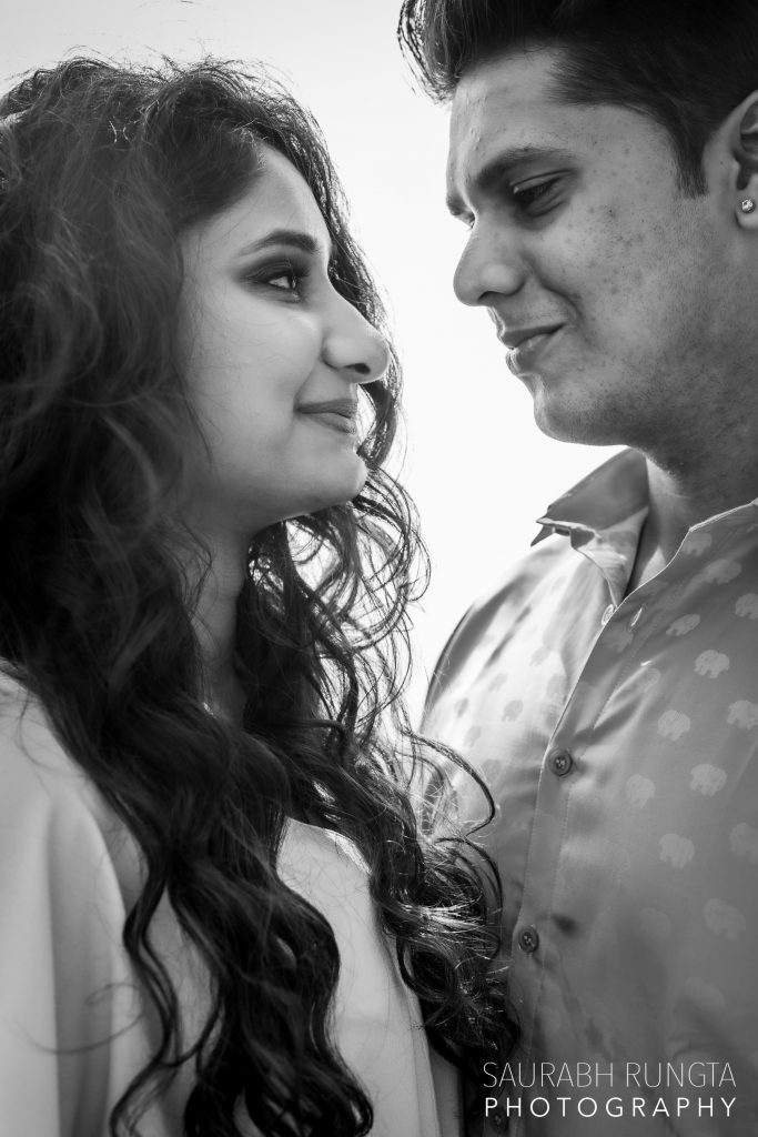 Swati & Saket's Smiling Black & White Pre Wedding Picture