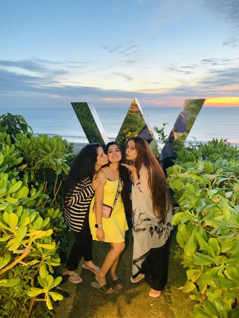 Somi's Bachelorette Vacation in Goa with Best Friends before Mayfair Raipur Wedding