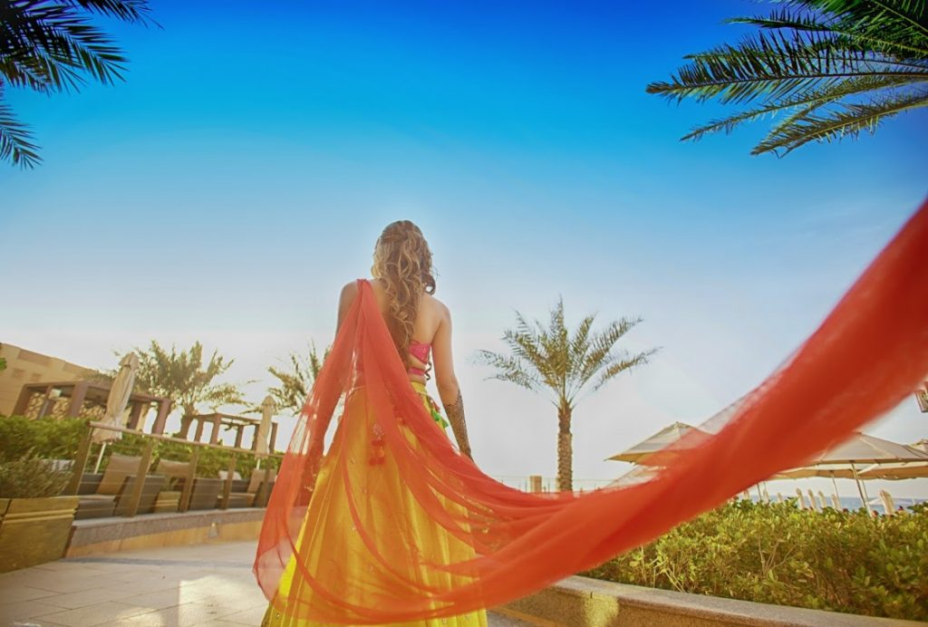 Beautiful Outfit Ideas for Luxury Mehendi Ceremony