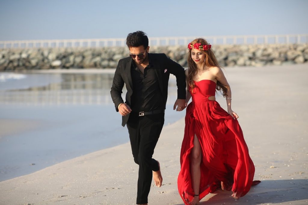 Smart Outfit Ideas for Glam Pre-wedding Shoot in Dubai