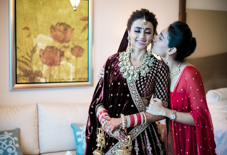 Pictures of Aahana and her friend before the wedding