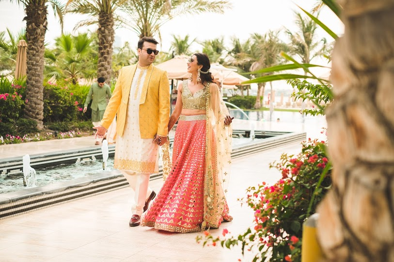 Aahana and Tarun's Mehendi Party Candid Portrait clicked near Infinity Pool in Palm Jumeirah Dubai