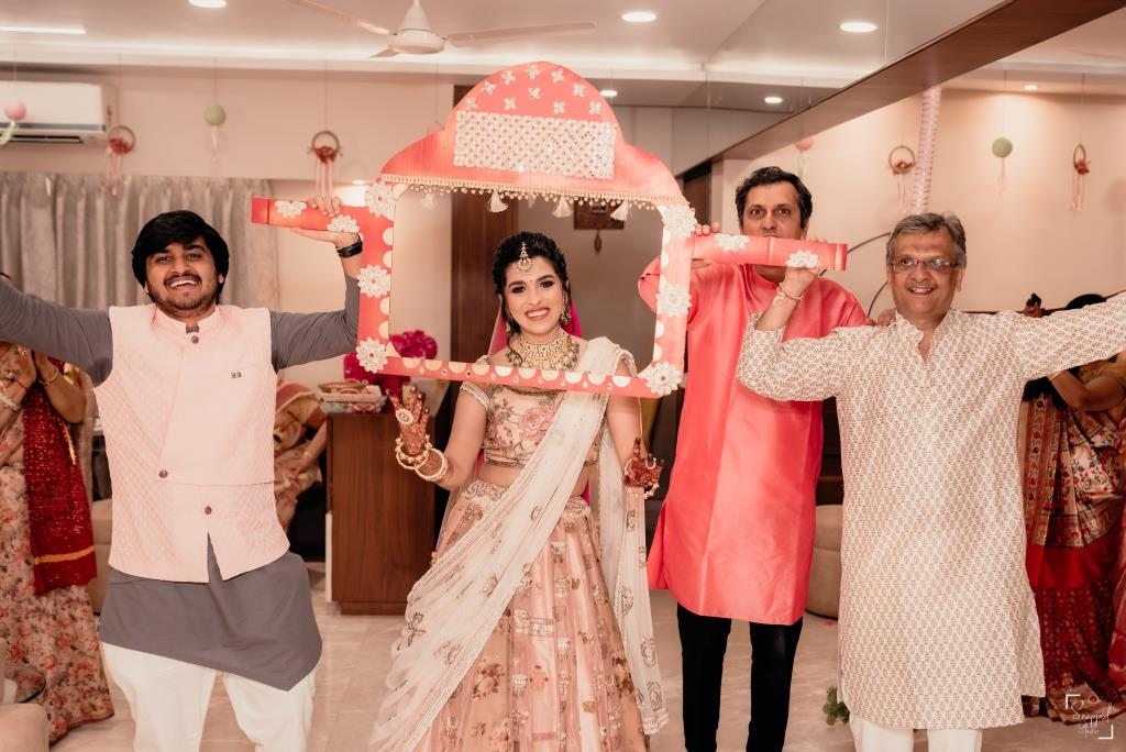 DIY Props at Shreya & akshay's Intiate wedding in Lockdown