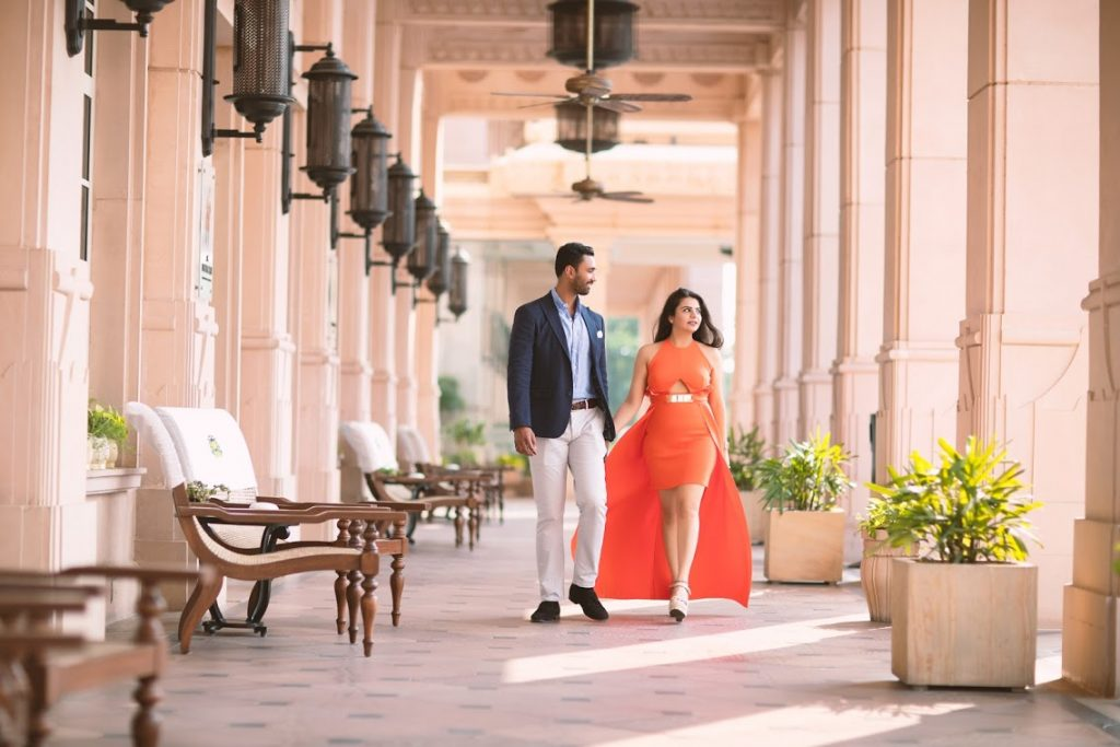 Aakriti & Hitesh's Lovely Pre-wedding Shoot in ITC Grand Bharat