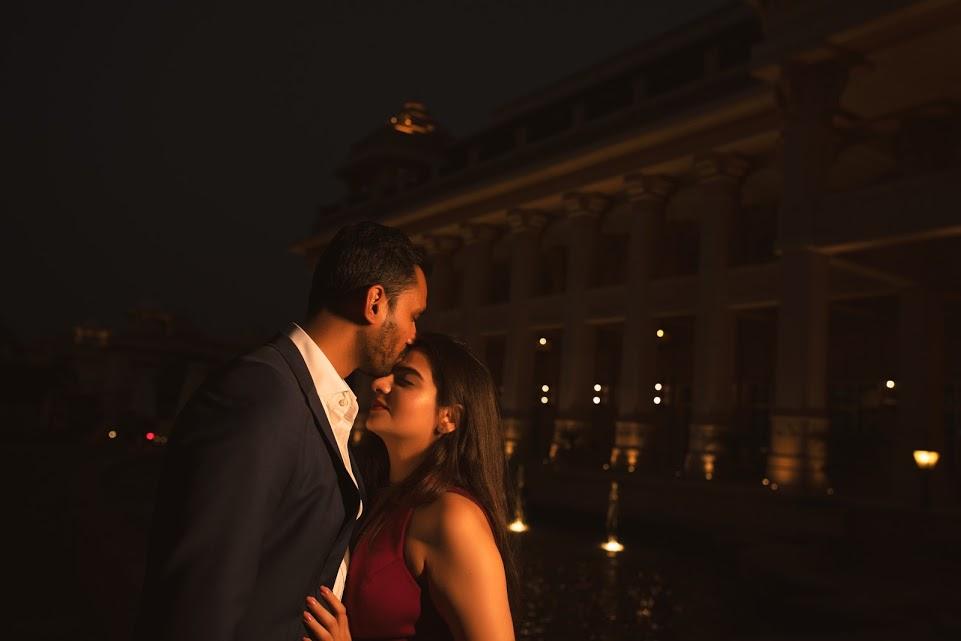 Romantic Pre-wedding Shoot under the evening lights before the ITC Grand Bharat Wedding