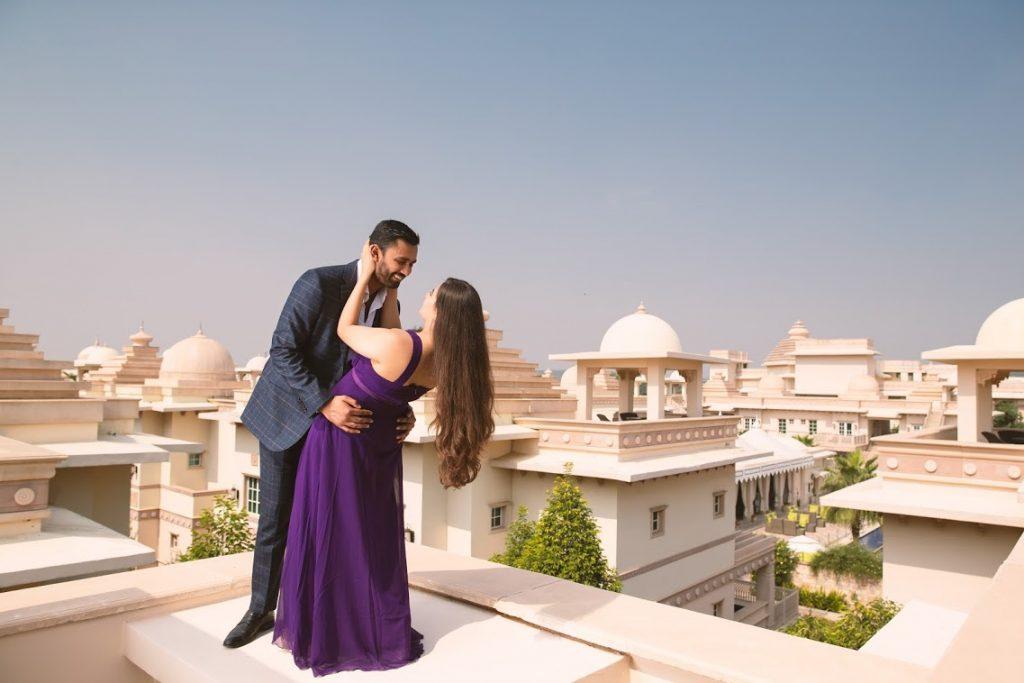 Aakriti & Hitesh's Super Adorable Shots from Pre-wedding Shoot at ITC Grand Bharat