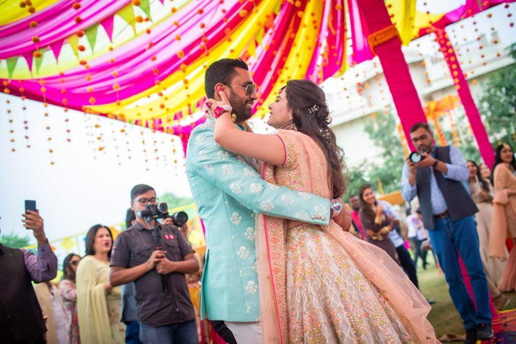 Romantic Couple Dance at Mehendi Ceremony at ITC Grand Bharat Wedding