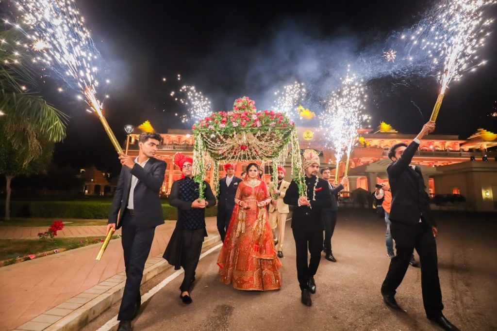 Aakriti's traditional 'Phoolon Ki Chadar' entry at her Punjabi-Rajput Wedding