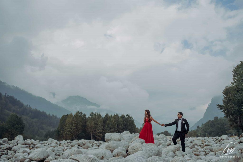 Akansha & Ankit's Scenic Pre-wedding Shots before Royal Marwari Wedding