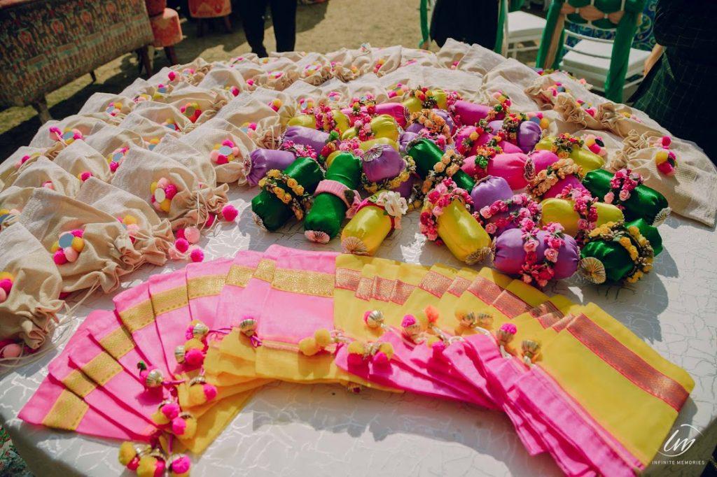 Mehendi Gifts for Akansha & Ankit's Guests at Jaipur Royal Marwari Wedding