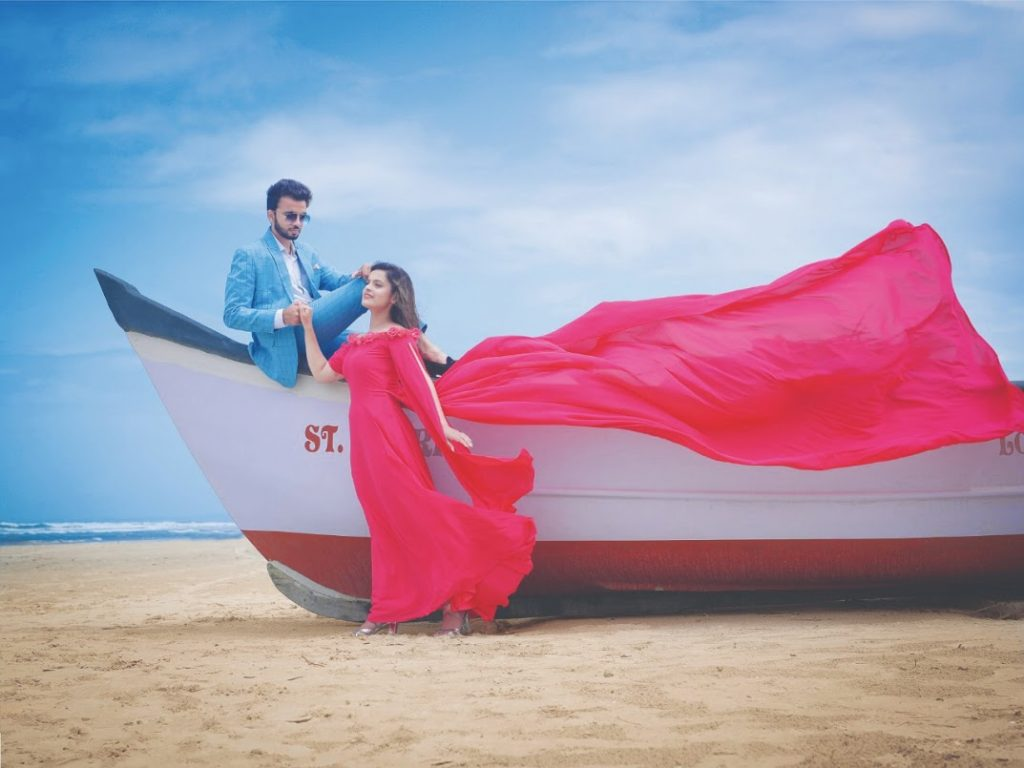 Elaborate Outfit Ideas for Pre-wedding Photoshoot