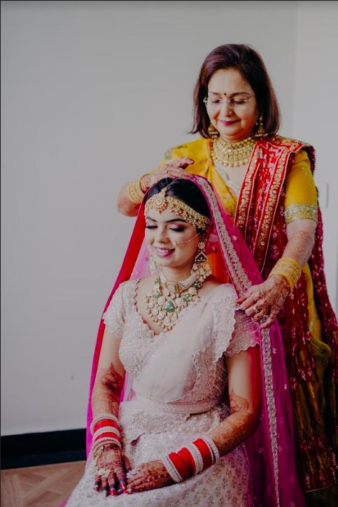 Somi's Elegant Bridal Makeup by Mother-in Law for her Mayfair Raipur Wedding