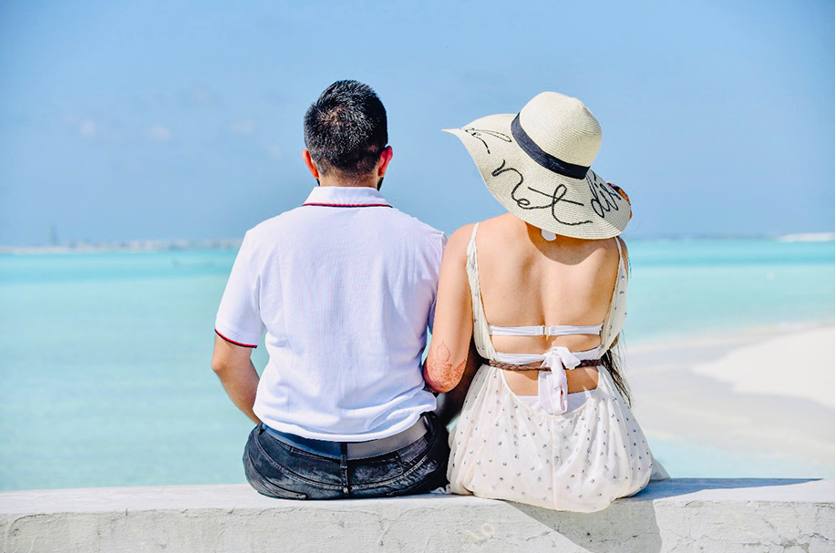 Honeymoon Couple Picture Goals set by Somi & Yash with this adorable portrait shot from their Honeymoon in Maldives