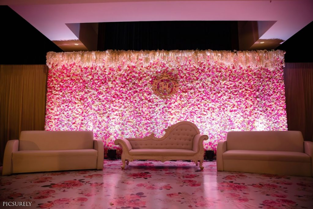 Classy Ivory & Pastel Themed Decor for this Sea Princess Juhu Wedding's Reception Party