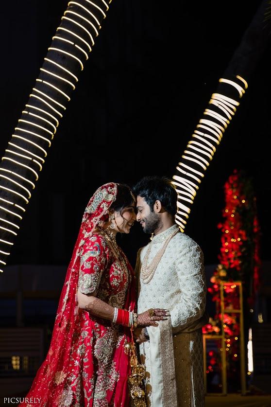 Harsha & Kunal glowing in their coordinated wedding wear for their Sindhi Punjabi Wedding in Mumbai