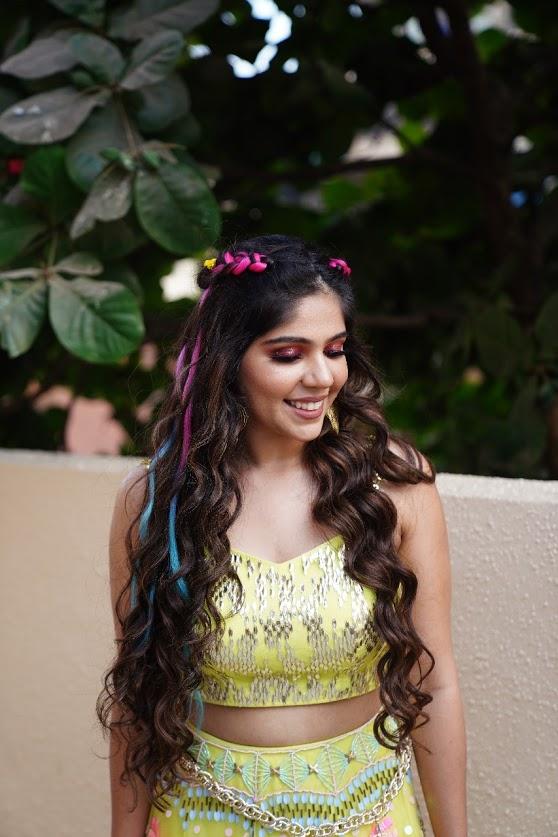 Beautiful Mehendi Makeup for Harsha's Intimate Mehendi Function at Home before her Sea Princess Juhu Wedding