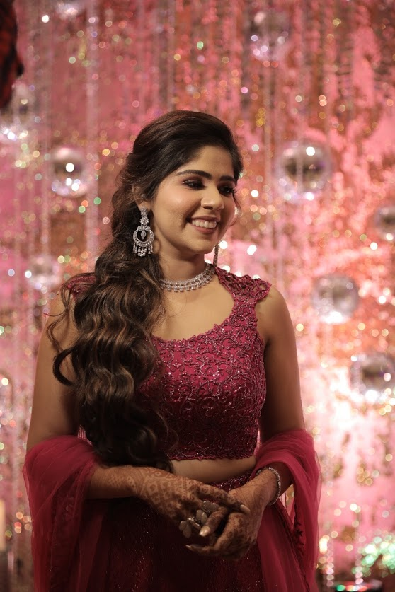 Harsha's Subtle Bridal Makeup for her Bling-themed Sangeet Party at JW Marriott Juhu Mumbai