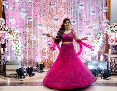 A Sea Princess Juhu Wedding with the Bride in a Splashy Mehendi Lehenga is Goals!