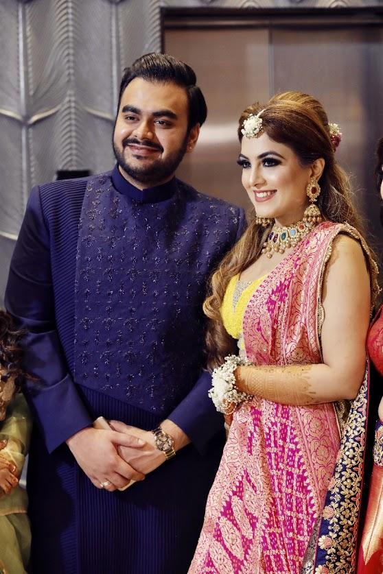 Candid Portraits from Gargi & Saurabh's Mehendi before the big fat Punjabi Wedding