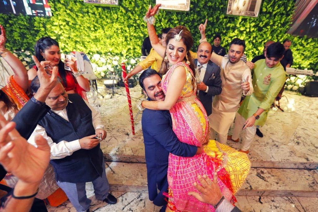 Fun Portraits of Gargi & Saurabh captured from their Ritz Gurgaon Wedding's Mehendi Ceremony