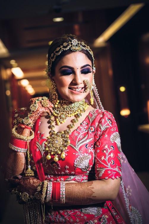 Mesmerising Bridal Makeup of our Indian Bride Gargi for her luxury wedding at Ritz by Ferns N Petals