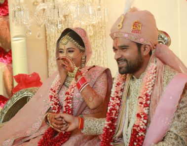This Bengali Marwari Wedding is here to tell you how Intercultural Weddings are done!